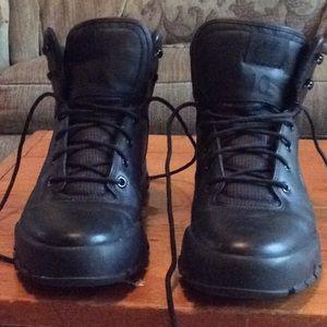 Nike ACG Shoes - Nike ACG hiking boots